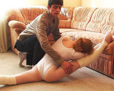 Real suitcase flexi doll gets rough anal fucked 5